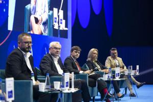 """Uczestnicy debaty Obywatel i konsument w czasach """"nowej normalności"""", fot. PTWP"""
