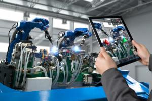 Większość przedsiębiorstw w Polsce chce zwiększyć nakłady na inwestycje w nowe technologie, fot. Shutterstock