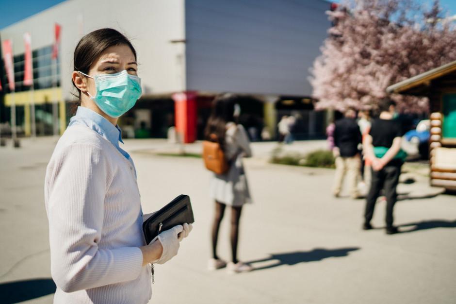 Obecne ograniczenia związane z pandemią przedłużone do końca października