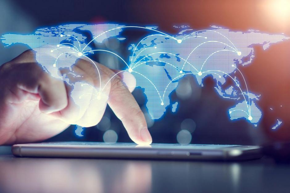 Cyfrowi giganci nie unikną podatków