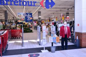 Carrefour: Praca w niedziele miała być dobrowolna, teraz wycofano się z deklaracji