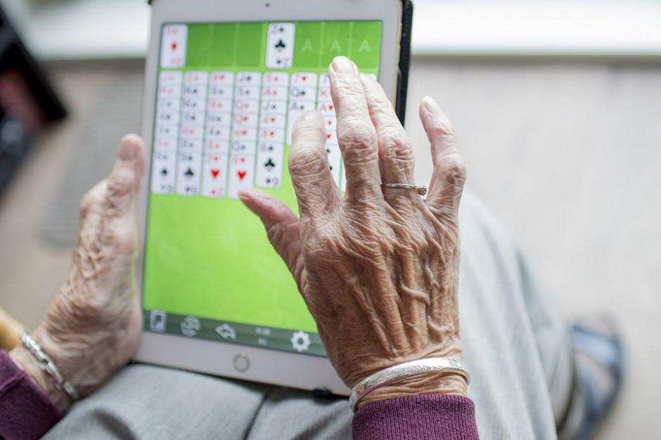 500 tabletów od Fundacji Biedronki – rusza nabór