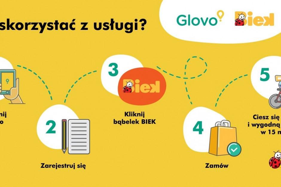 Biedronka i Glovo z usługą ultraszybkiej dostawy BIEK