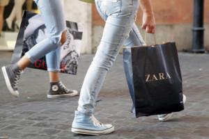 Papierowe torby w sklepach Zara będą płatne