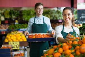 Ponad 45 proc. respondentów spodziewa się podwyżki wynagrodzeń. Fot. Shutterstock
