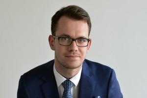 Żywność w grudniu br. będzie droższa niż przed rokiem -  mówi Jakub Olipra, ekonomista Credit Agricole Bank Polska, fot. mat. pras.