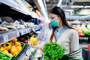 Polacy przy zakupach nie sprawdzają pochodzenia żywności. Są pewni, że jest polska
