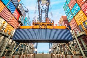 Problemy z łańcuchami dostaw; fot. shutterstock